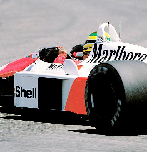 McLaren-Honda MP4/4, Pilot-Ayrton Senna