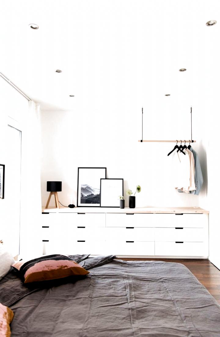 Ikea Nordli Kommode Fur Das Schlafzimmer Mit Neuer Arbeitsplatte In Birke Lasiert Und Blenden In 2020 Oak Bedroom Furniture Small House Furniture Simple Bedroom Decor