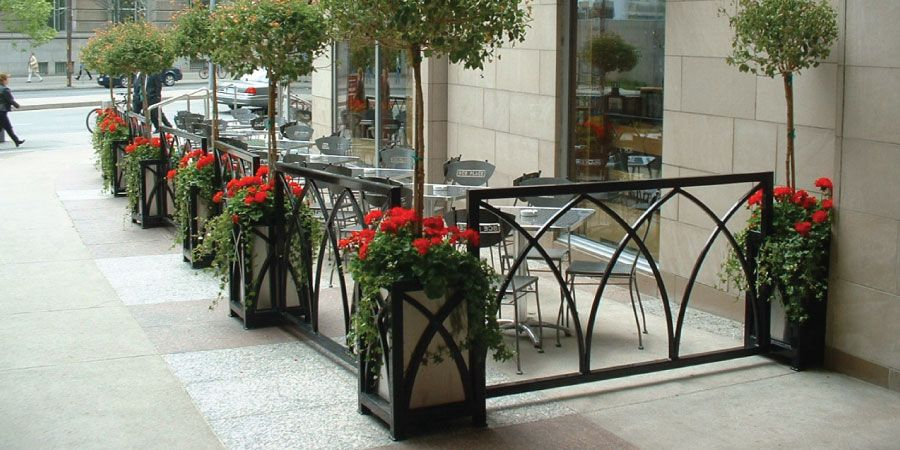 Custom Planters And Decorative Patio Enclosures   Aqua Restaurant At BCE  Place, Toronto Ontario