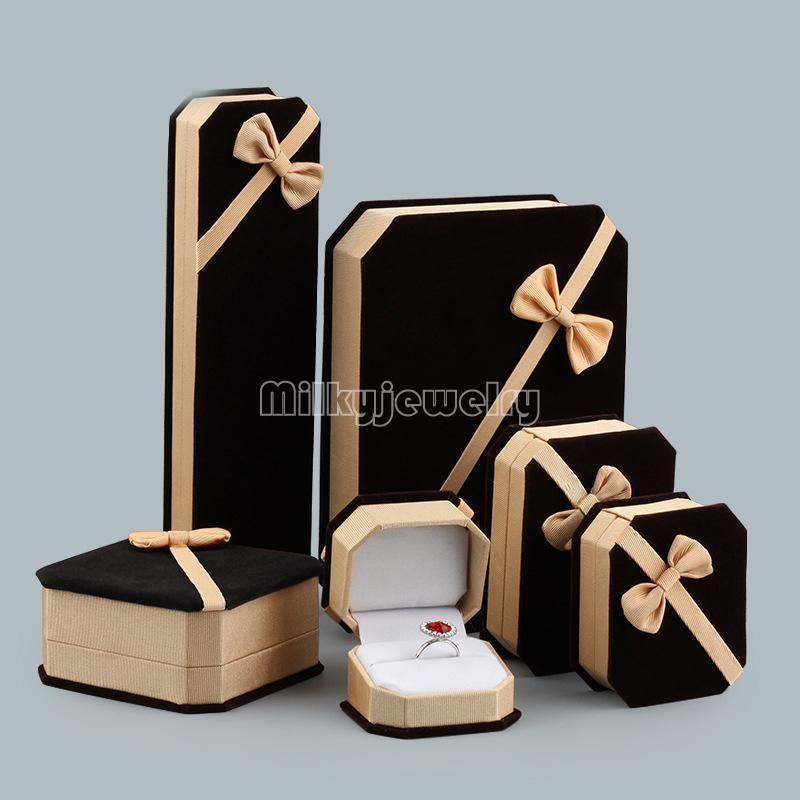 1 75aud Upscale Velvet Jewelry Set Box Bracelet Necklace Ring