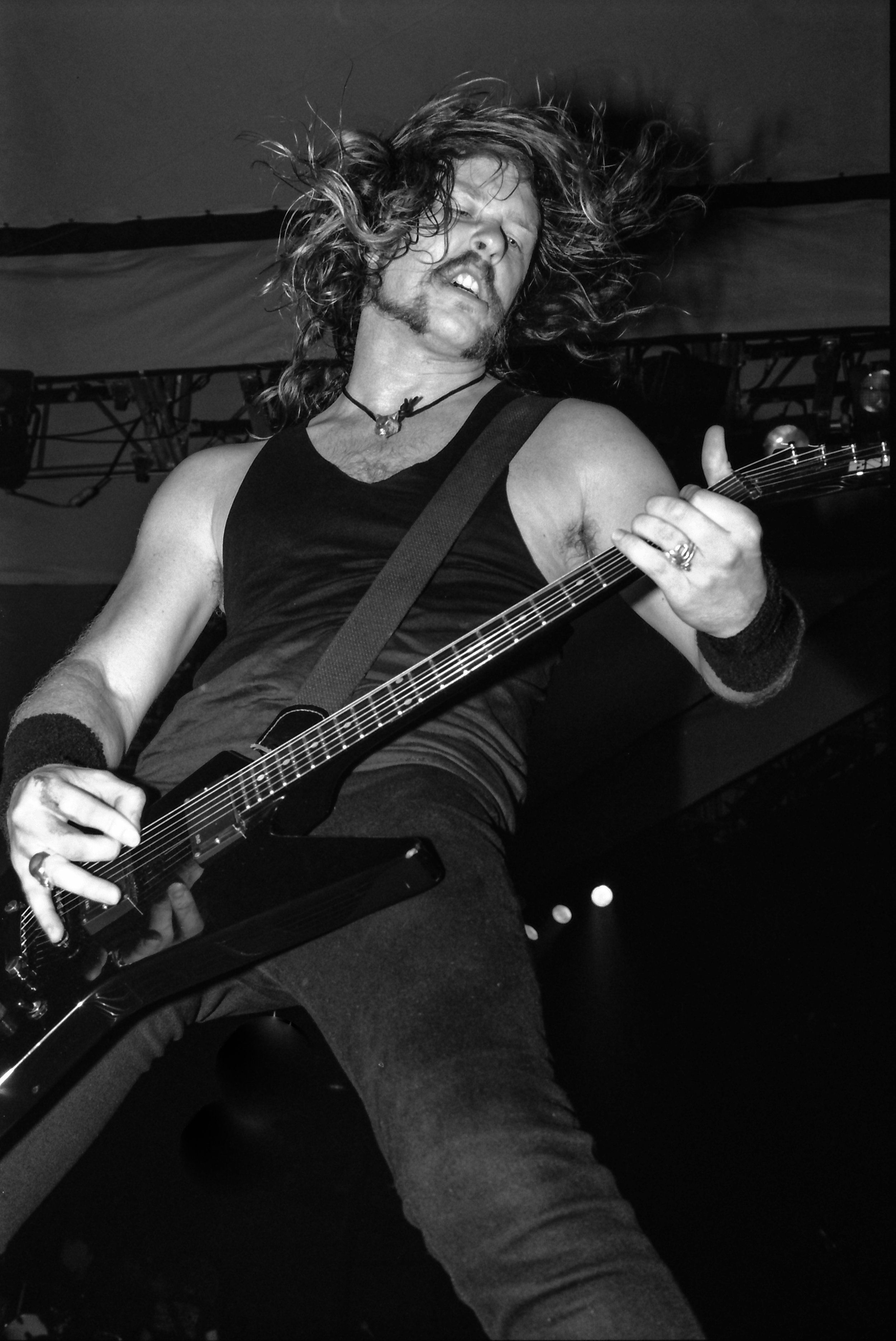 Tv Shows James Hetfield Aesthetic James Hetfield 2000s Gibson Explorer James Hetfield James Hetfield Ha James Hetfield Metallica Concert James Hetfield Young