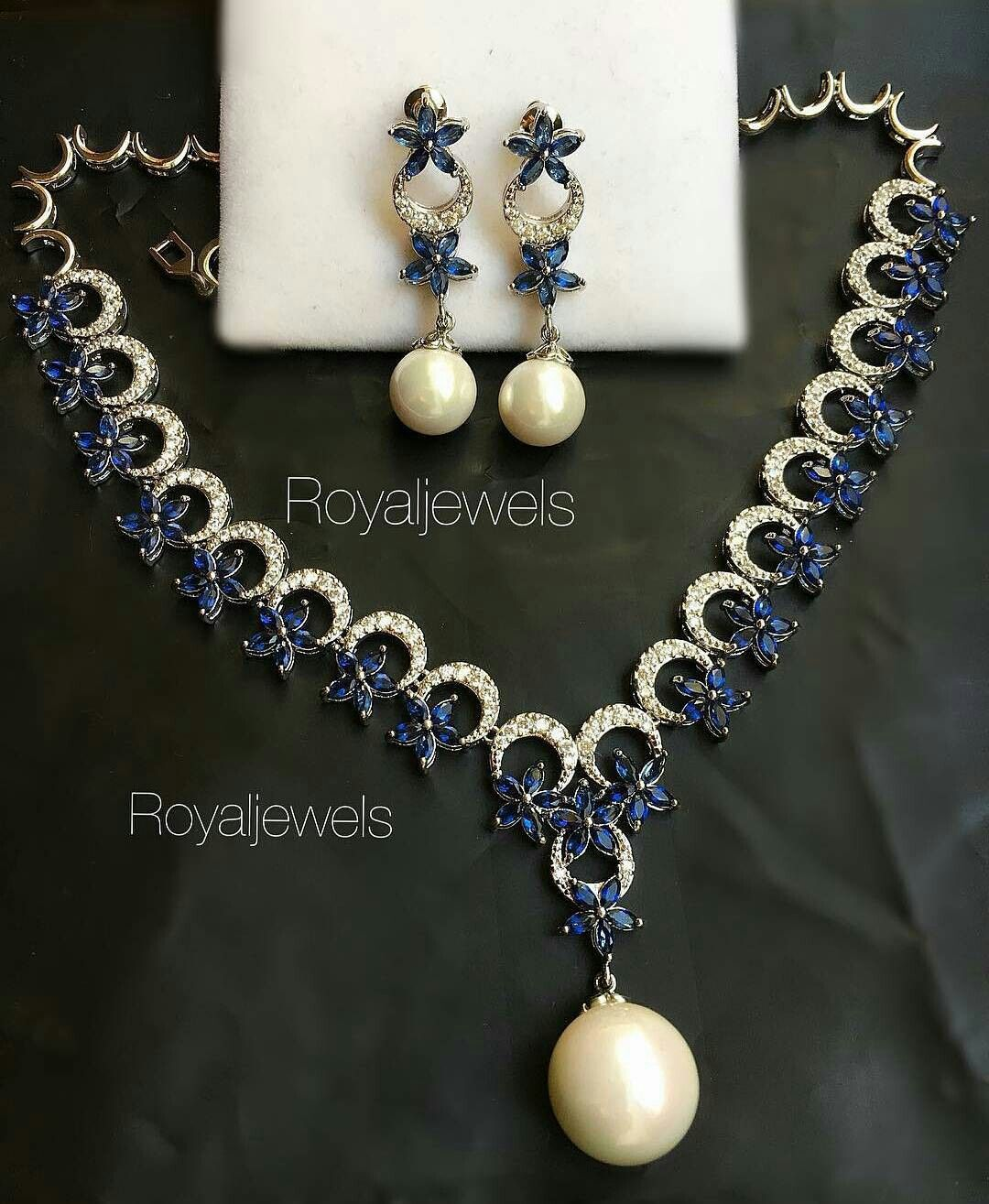 Royaljewels pearls pinterest jewel pearls and sapphire