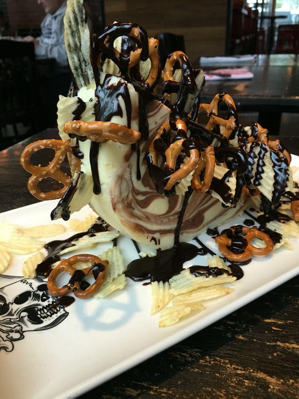 Guy Fieri\'s Cheesecake Challenge in Las Vegas, NV | Recipes: Food I ...