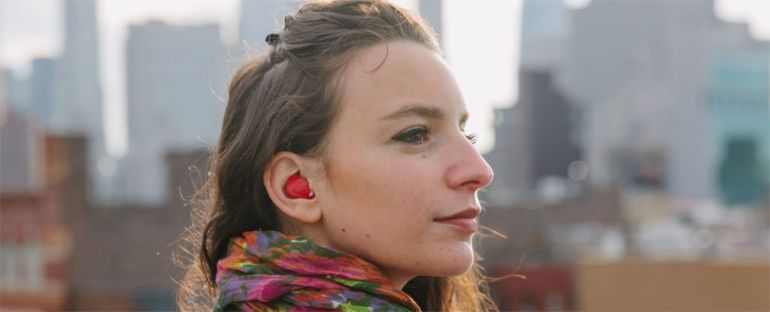 Pilot: Nifty earpiece that can translate virtually any language in real-time