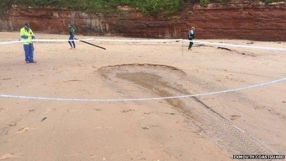 buraco na praia 2