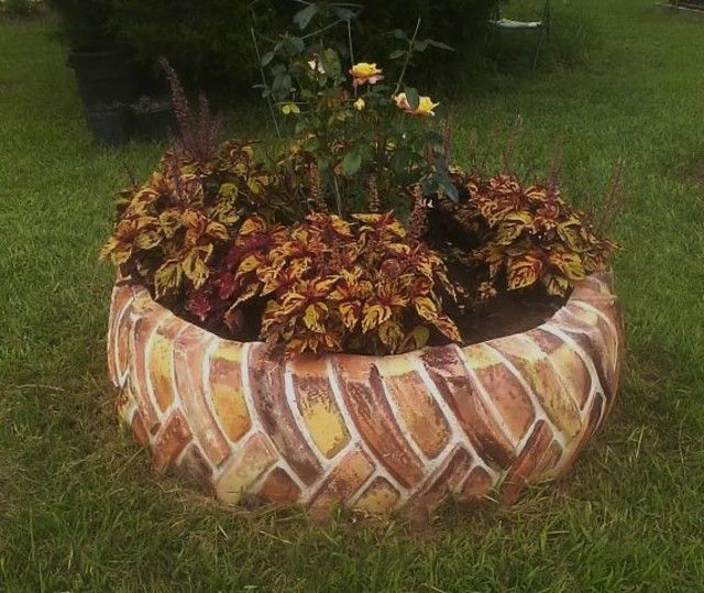 landscaping ideas painted tractor tire