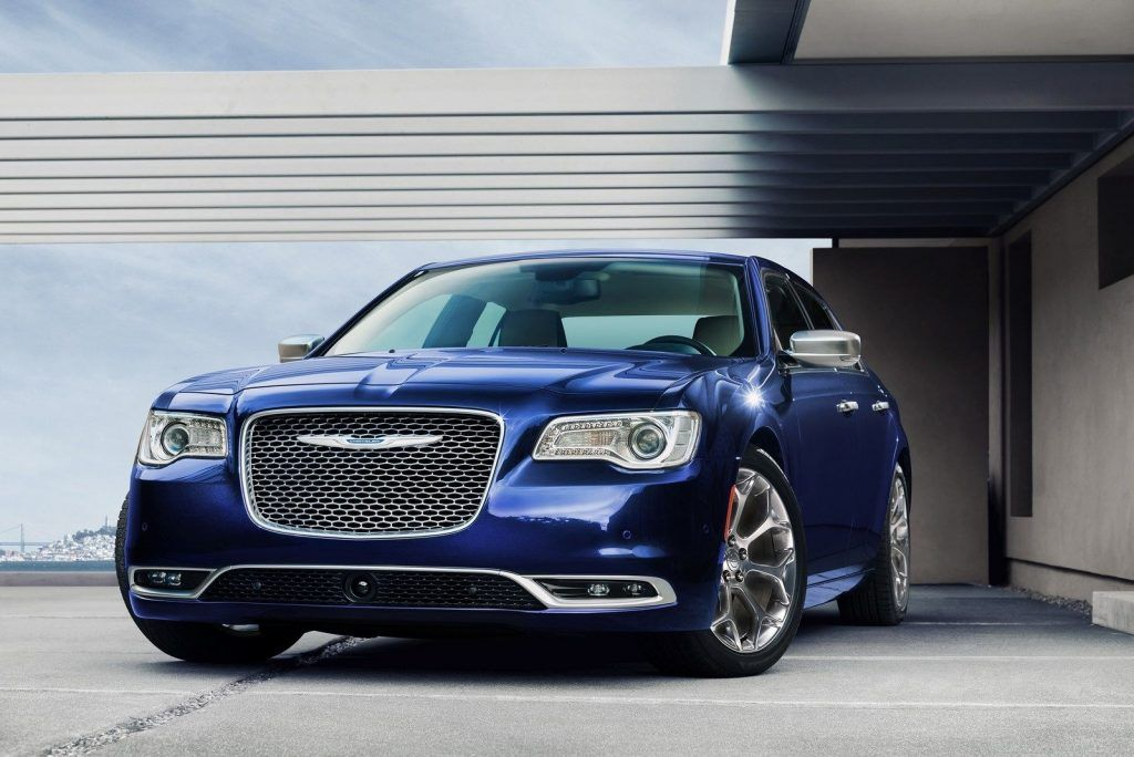 The 2020 Chrysler 300 Srt8 First Drive Price Performance And