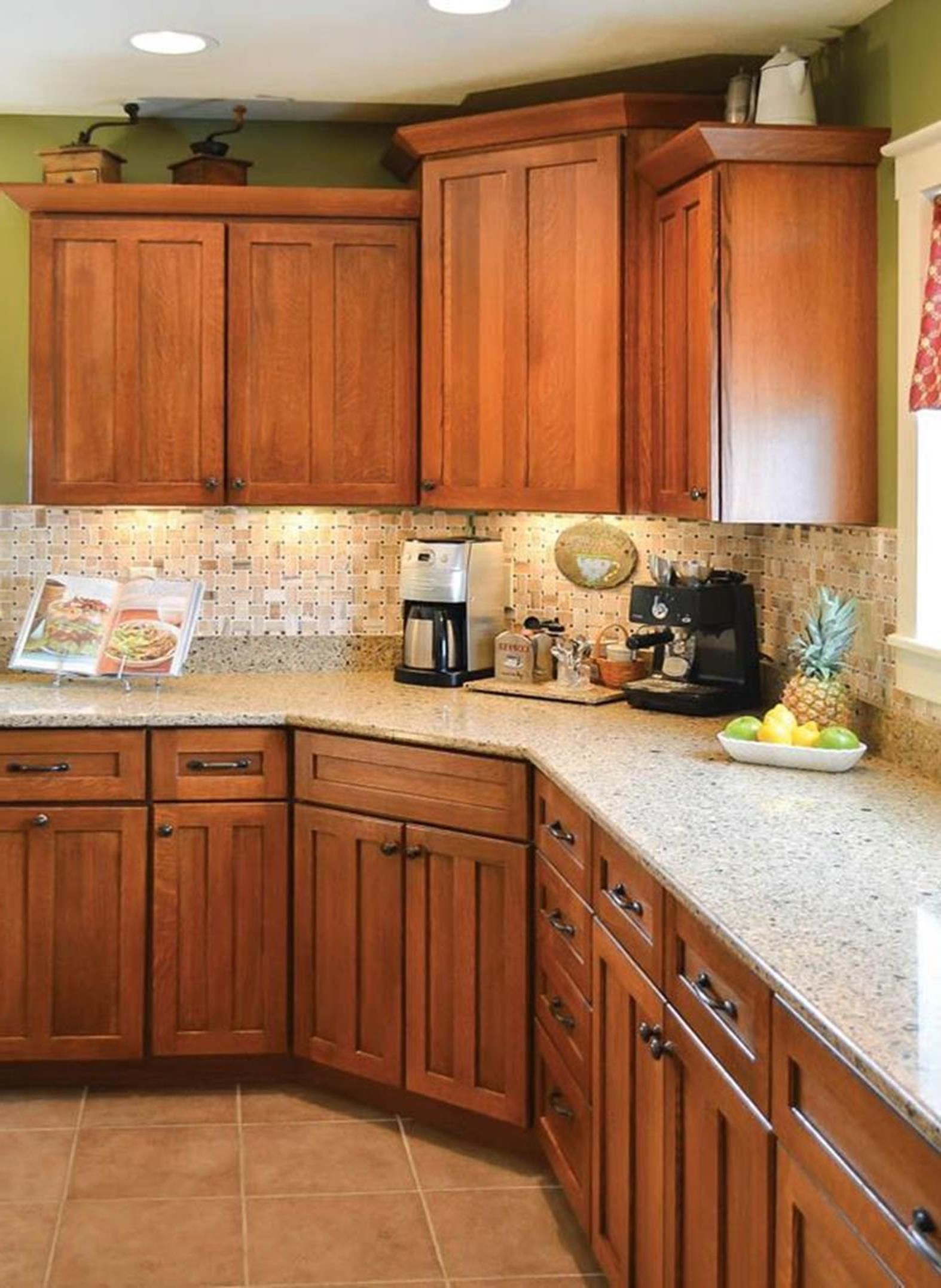 20 perfect kitchen wall colors with oak cabinets for 2019 on good wall colors for kitchens id=15640
