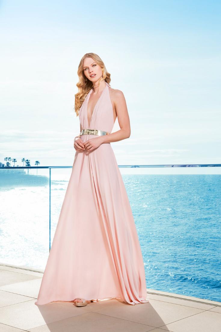 c533d1f16e59 Definisci il tuo look da invitata a nozze con uno di questi vestiti.   matrimonio