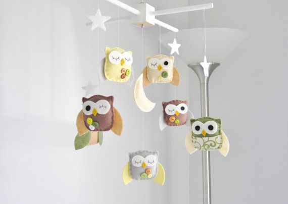 love this mobile from Love Felt Creations! I might have to make this.