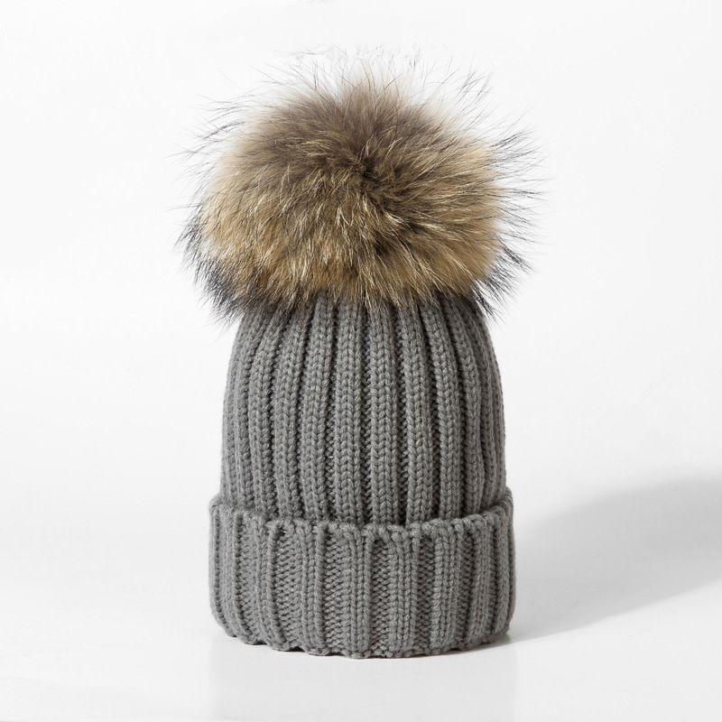 Zorro bola gorras de invierno para las mujeres sombrero de lana de punto  gorros cotton cap estrenar grueso de Cobertura femenina Sombreros f2b62cdc0c8