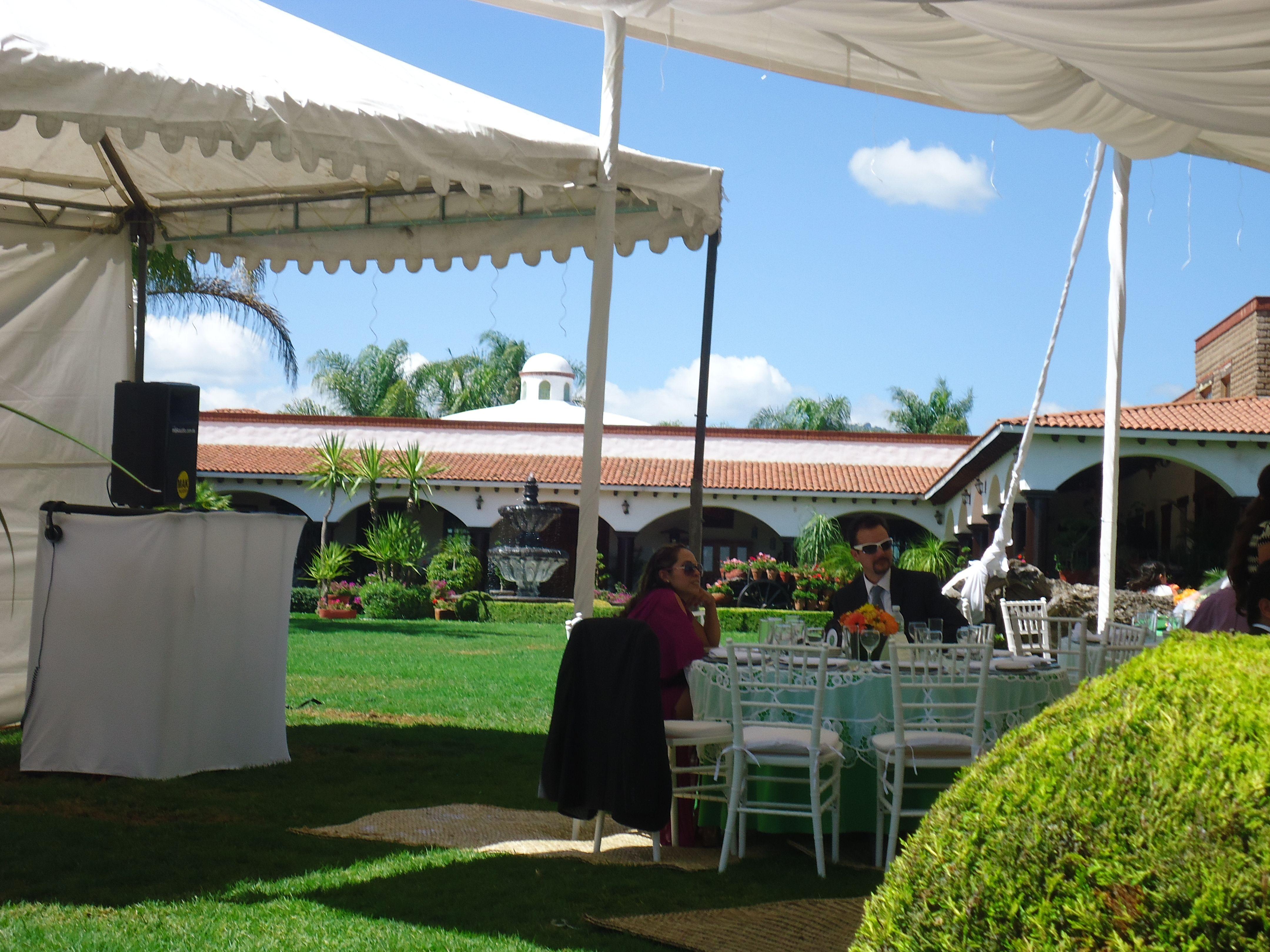 Cabina DJ Audio Digital DJ Professional Para Eventos y Bodas Mak Audio WhatsApp 473 593 8998 Siguenos en twitter @makaudio #bodas #djparaboda #eventos