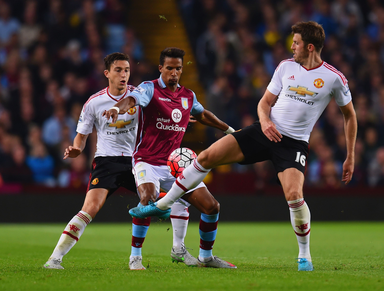 Watch: Manchester United's Matteo Darmian Tricks Aston Villa's Micah Richards - http://www.thelivefeeds.com/watch-manchester-uniteds-matteo-darmian-tricks-aston-villas-micah-richards/