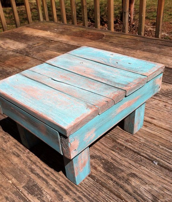 Building Furniture With Reclaimed Wood
