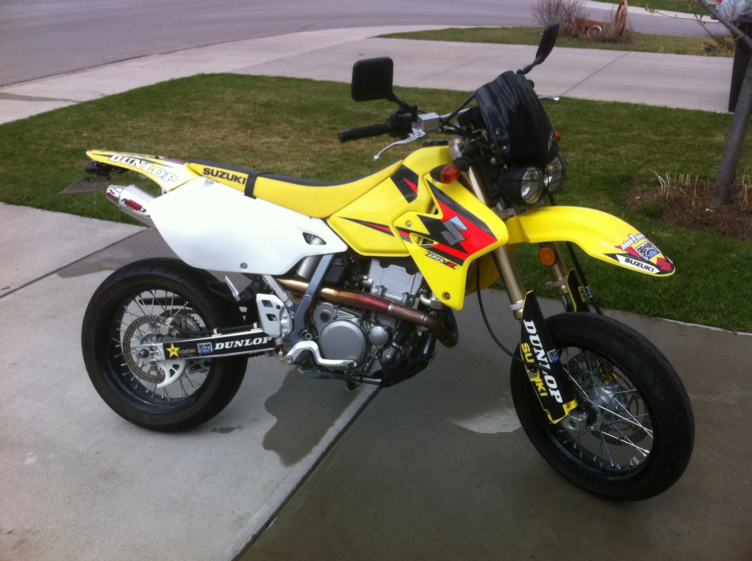 my drz 400 sm….i really like this headlight. | my 2006 drz400sm