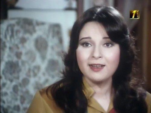 صور الفنانة المعتزلة نورا اخت الفنانة بوسى بعد غياب سنوات طويلة عن الاعلام Egyptian Actress Egypt Movie Movie Stars