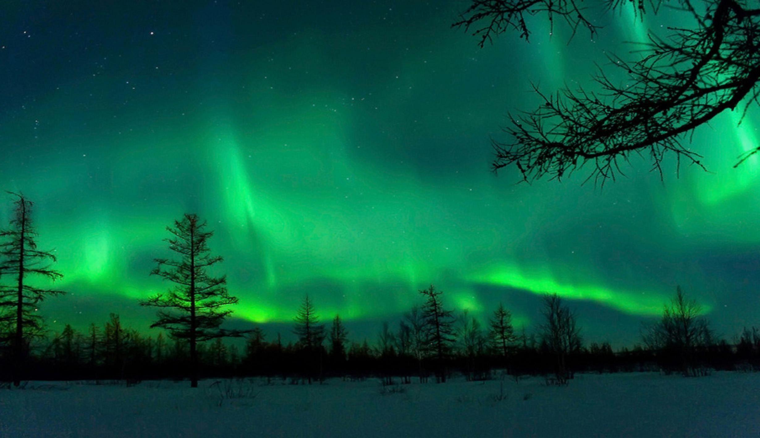2460x1419 aurora borealis wallpapers hd wallpaper | nacht