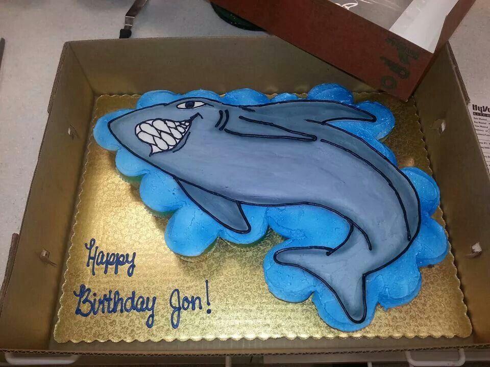 Shark cupcake cake | KELLY BELLIES CAKES | Pinterest | Shark ...