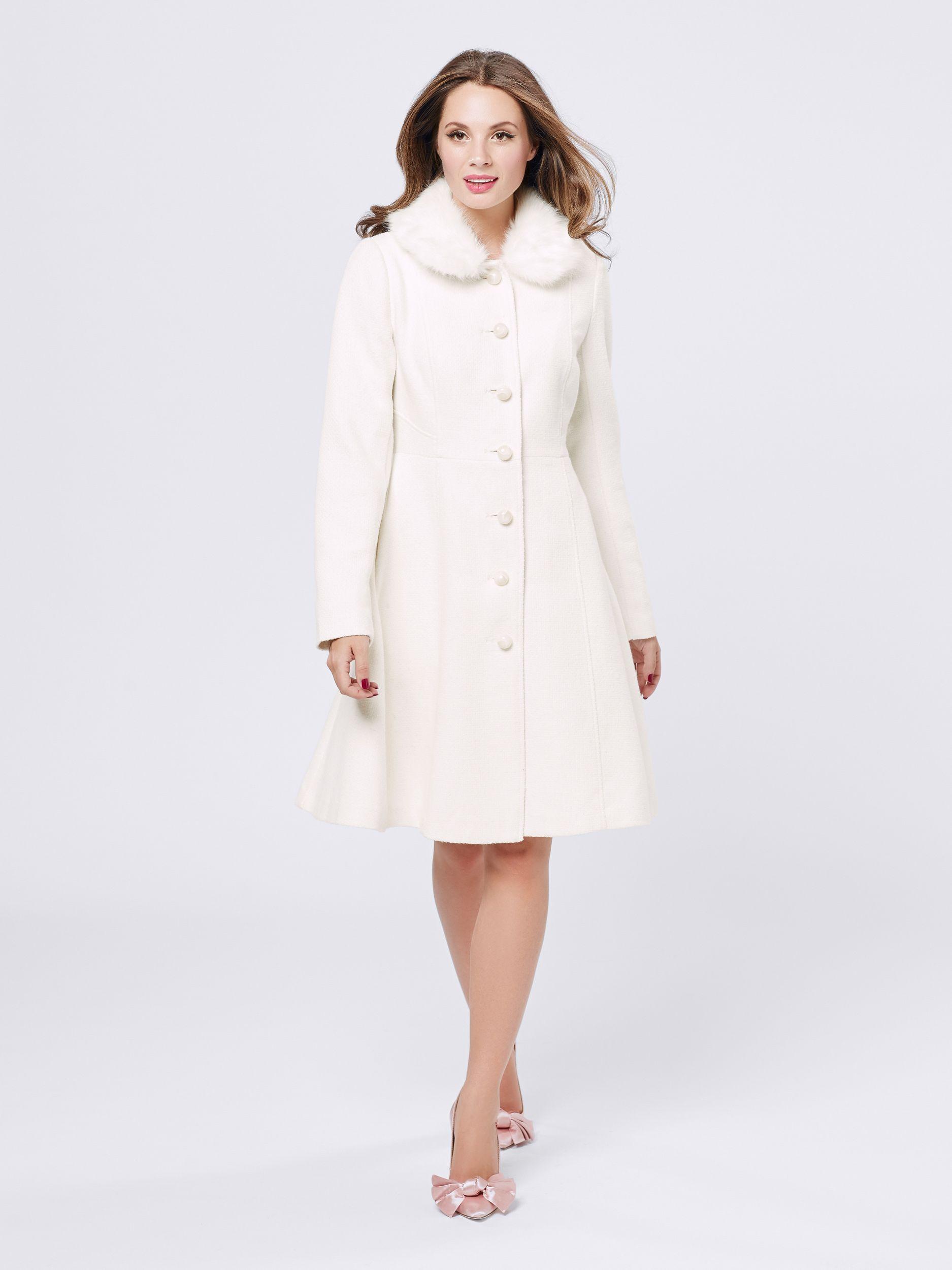 Snow Queen Coat Winter White Coat Review Dresses White Winter Coat Fashion [ 2500 x 1875 Pixel ]