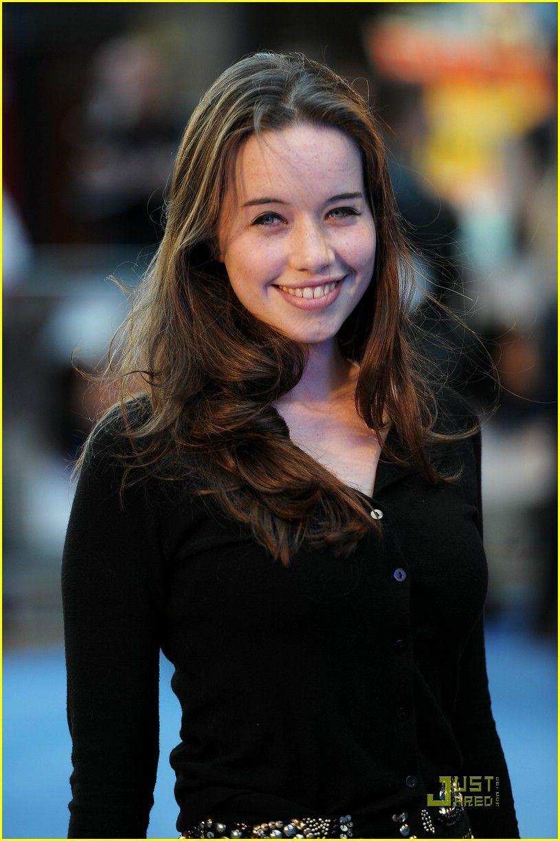 Anna Popplewell 2010