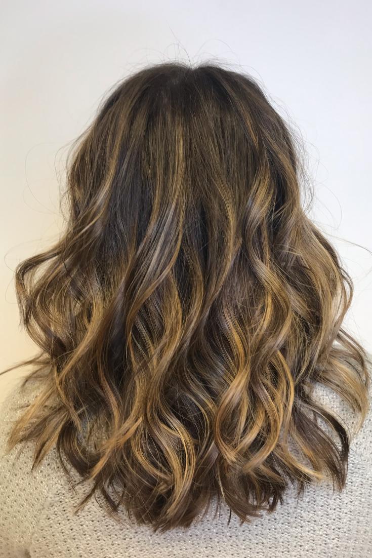 Balayage Caramel Balayage Virgin Hair Wavy Hair Curly Hair Light Highlights Blonde Highlights Brown Natural Wavy Hair Curly Hair Styles Warm Brown Hair