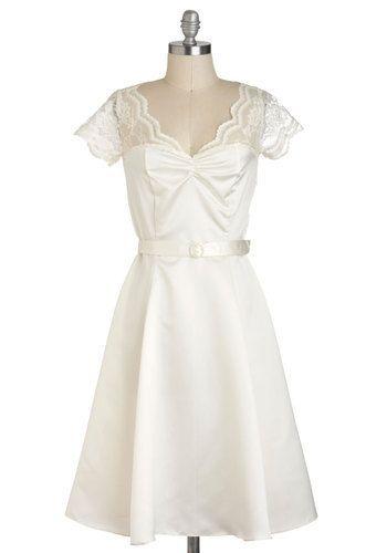 Black Tie Optimal Dress in Ivory - white vintage look dress, could ...