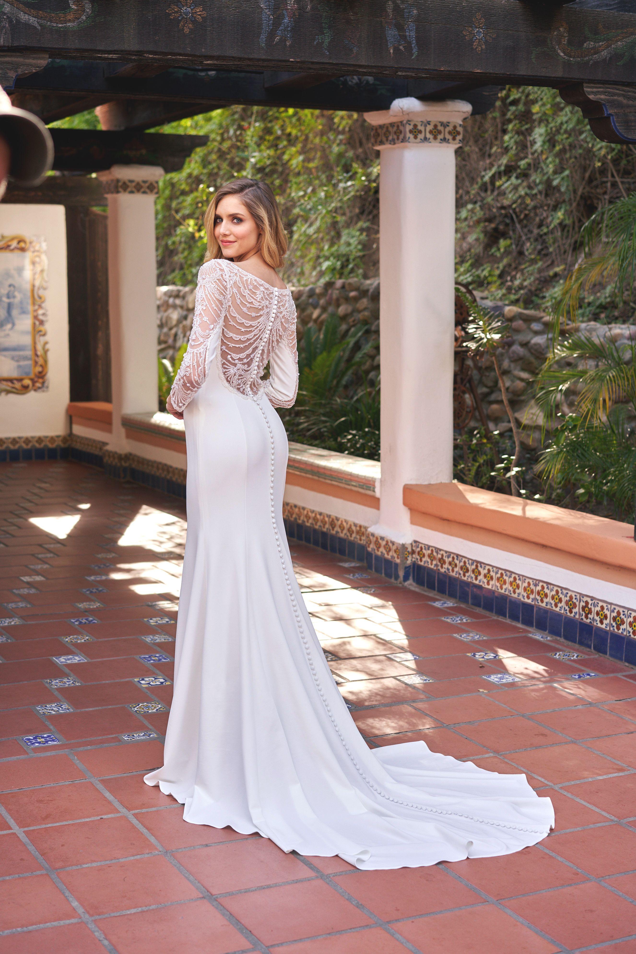 Bateau neckline stretch crepe netting wedding dress