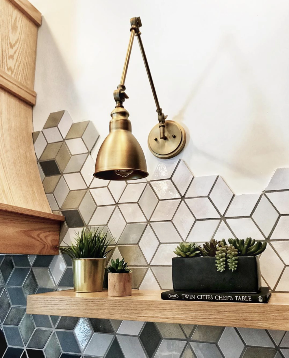 Creative Tile Finishing Ideas With Organic Edging Unique Kitchen Backsplash Creative Tile Tile To Wood Transition