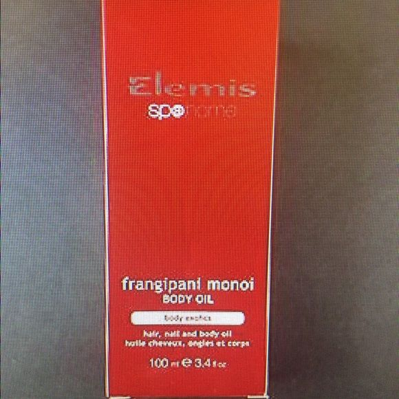 Elemis Frangipani Monoi Body Oil Hair, nail and body oil that nourishes, conditions and softens. Exotic oil is rapidly absorbed providing moisture for dry, parched or mature skin. Traditionally produced in the Polynesian Islands by soaking Frangipani flowers in coconut oil. Elemis Other