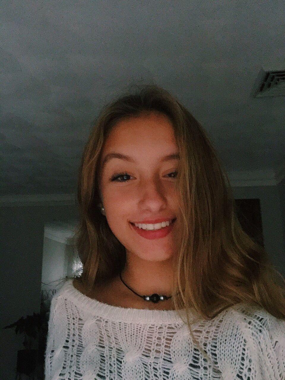 Pin By Karys On Pics To Take Pretty Girls Selfies Catfish Girl Cute Selfie Ideas