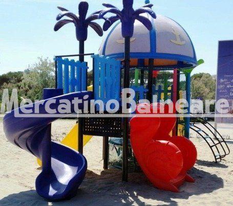 Playground Usato Salta E Scivola Mercatino Balneare Gioco