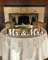 Mr and Mrs wedding signs table decoration. Rustic wedding centerpieces wedding reception. Wedding present, wedding aragement, engagement - #aragement #Centerpieces #Decoration #Engagement #present #Reception #Rustic #Signs #Table #Wedding