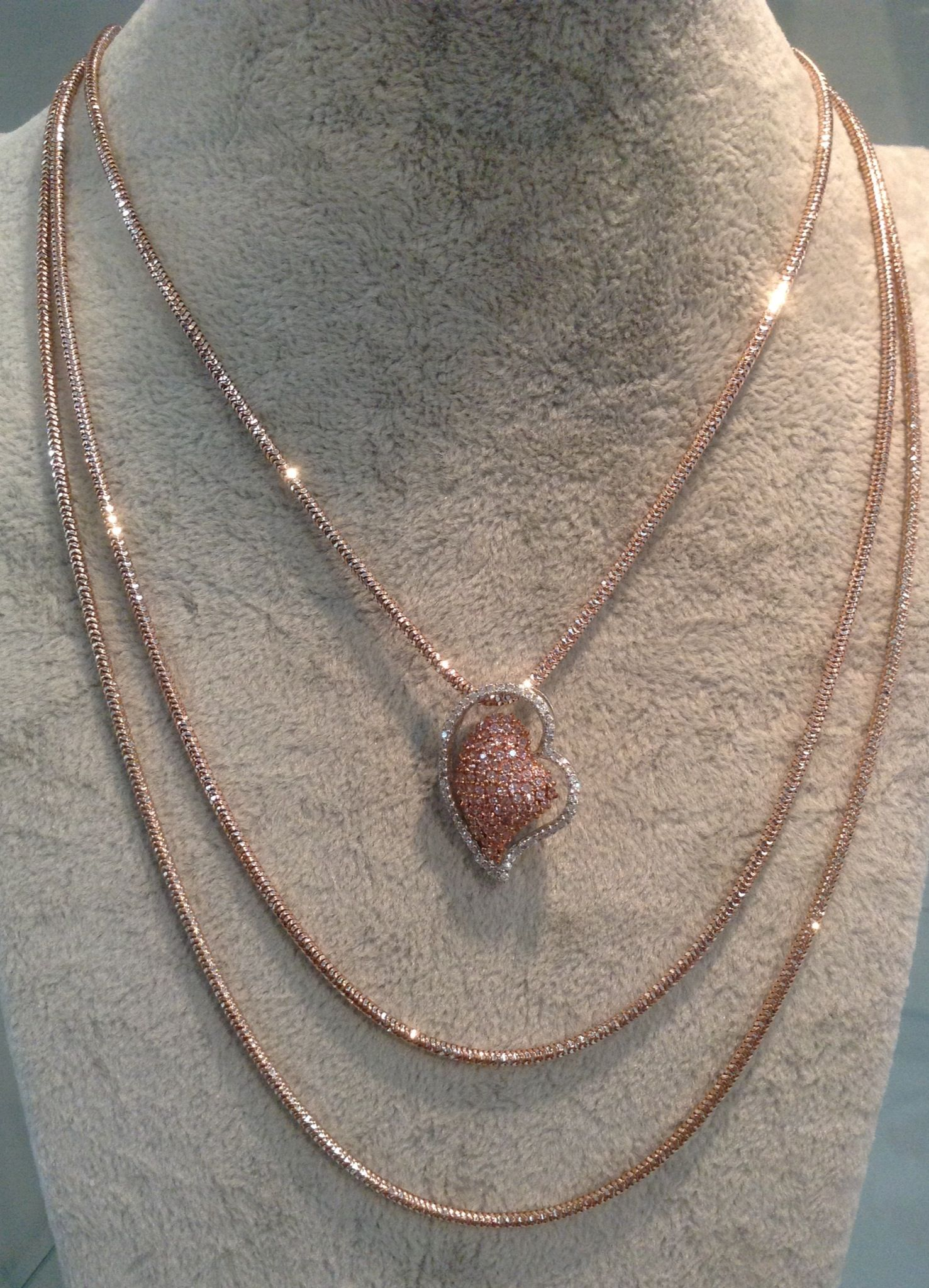 Two tone rose gold and rhodium plated necklace. Made in Italy.