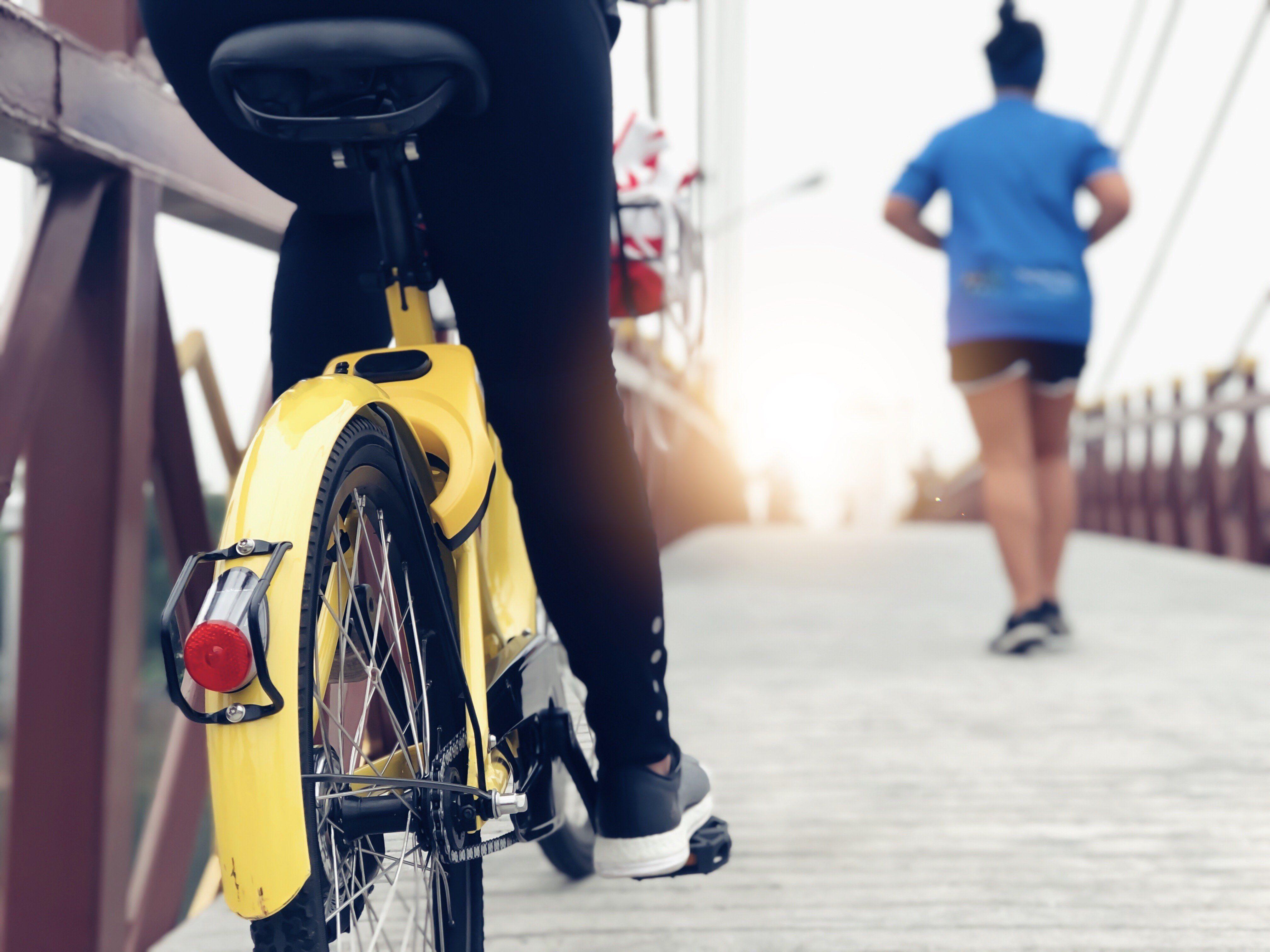 Is Biking Or Running A Better Workout Fun Workouts Workout