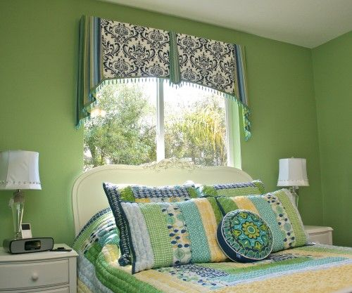 Fabulous Mix Of Colors/patterns In Valance