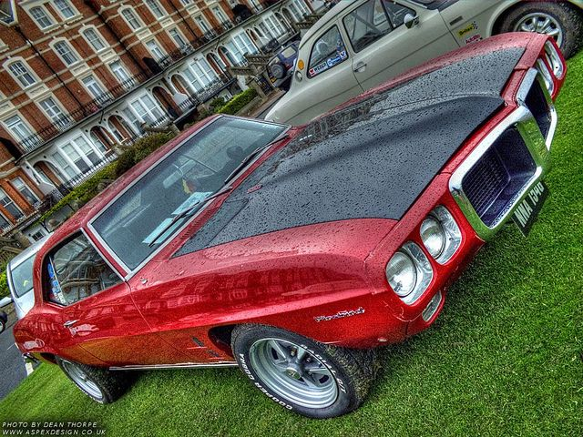 Great looking Pontiac at the Bexhill 100, I do love a bit of American muscle! lol