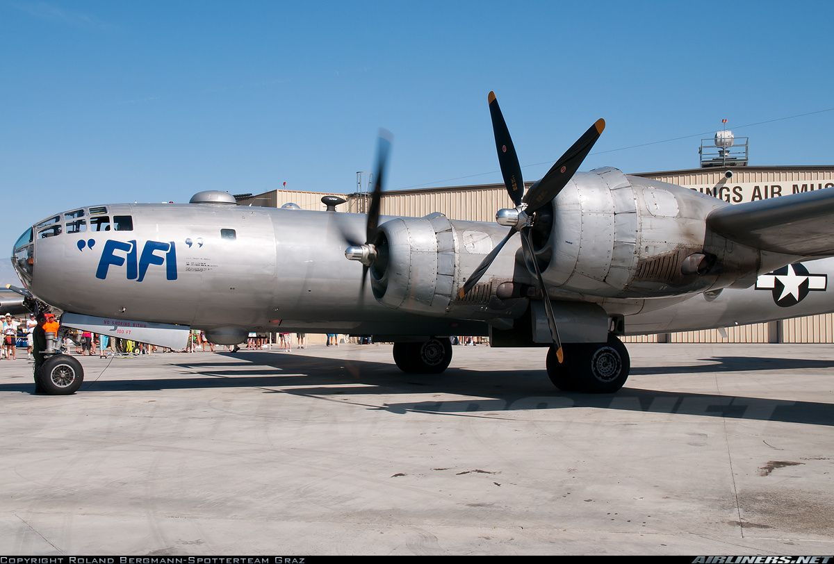 Commemorative Air Force Boeing B29A Superfortress Palm