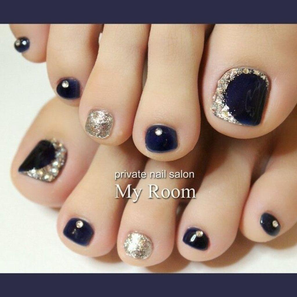 39 Stunning Toe Nail Designs Ideas For Winter Addicfashion Cute Toe Nails Pedicure Nail Art Pretty Toe Nails