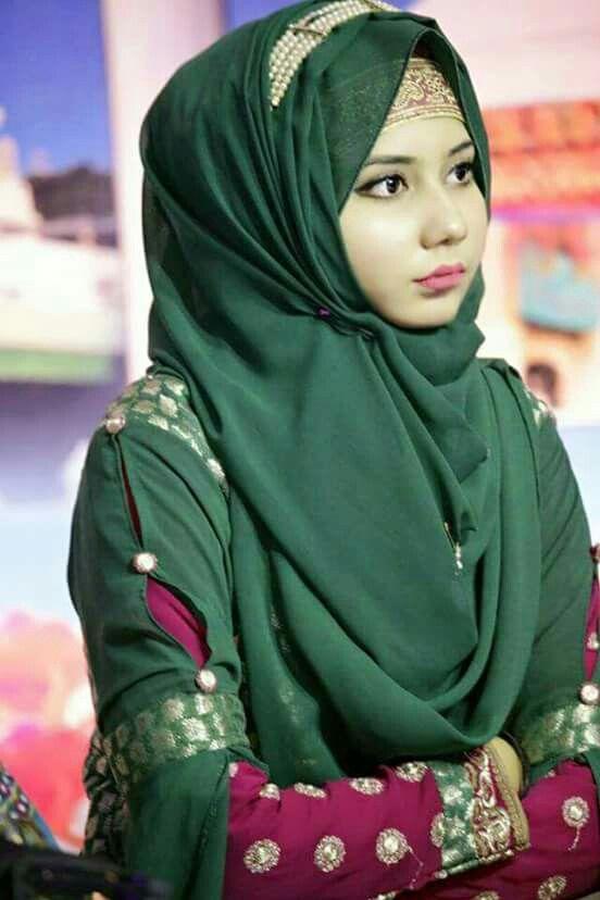 Follow Me Aaysha Khan Hijabi Girl Saree With Hijab Hijab Fashion