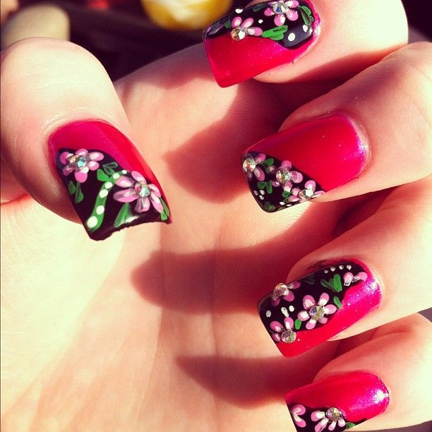I love having my nails done. #nails #flowers