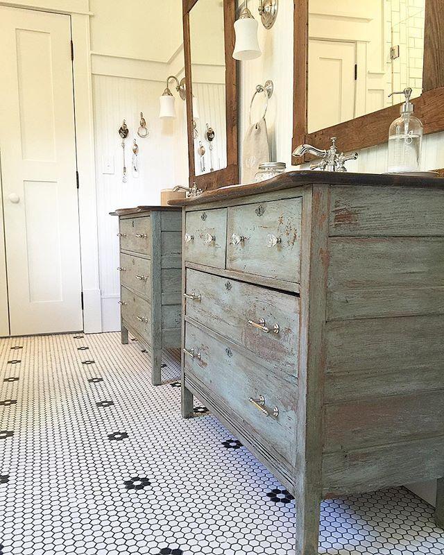 Rustic Bathroom Vanities, Rustic Bathrooms And Blue Colors