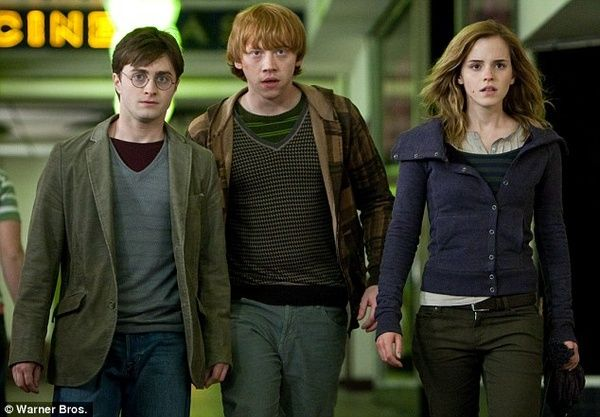 My 5 000th Pin Harry Ron And Hermione In Harry Potter And The Deathly Hallows Pt 1 Peliculas De Harry Potter Fotos De Harry Potter Harry Potter