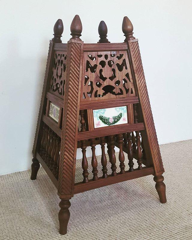 Moosa Antiques On Instagram مبخره من خشب الساج للطلب 0097339809988 مباخر مبخره تراث انتيك خشب متحف قديم مال لول سوق واقف Decor Home Decor Furniture