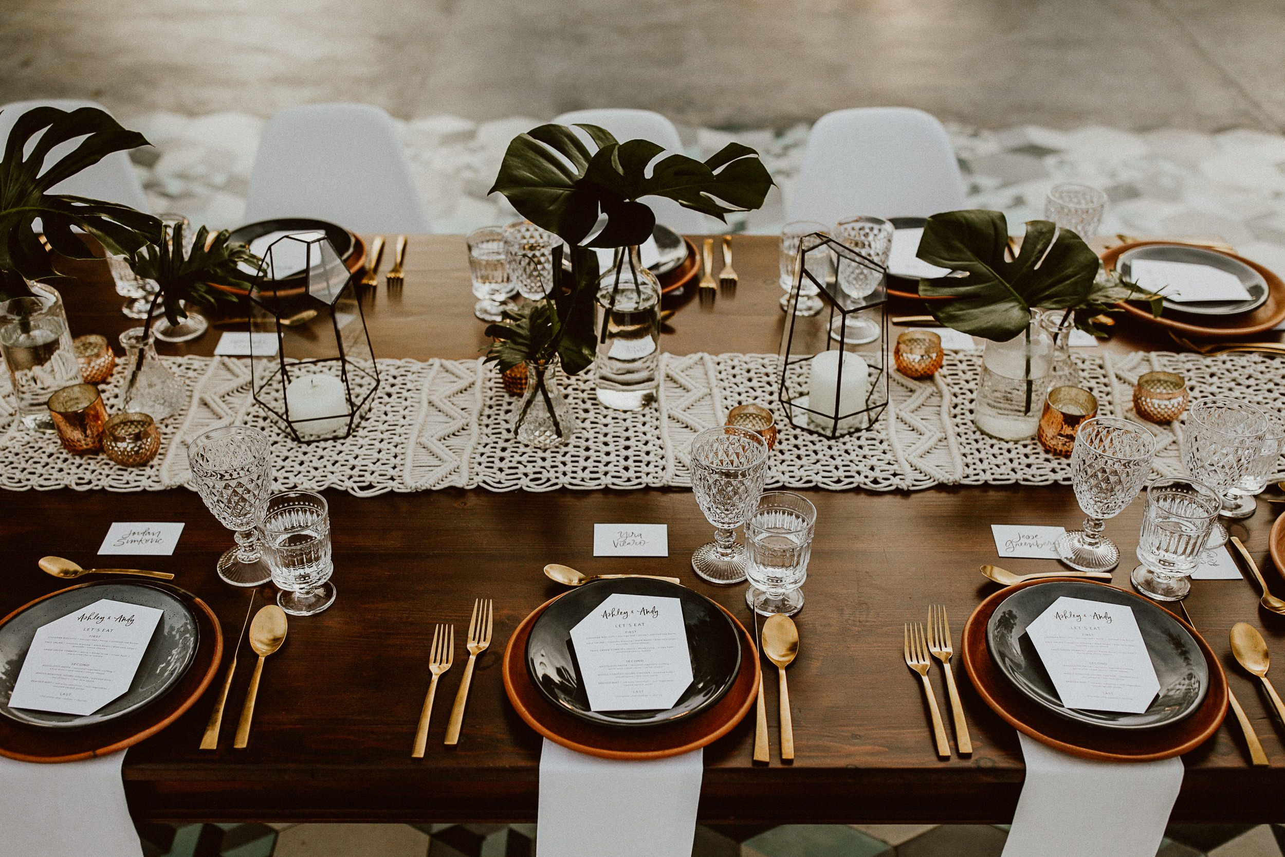 Beautiful set up for a boho chic outside wedding. Event ...