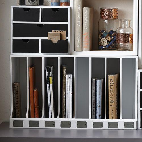 Porte-courrier en bois blanc 8 compartiments Hübsch : Decoclico