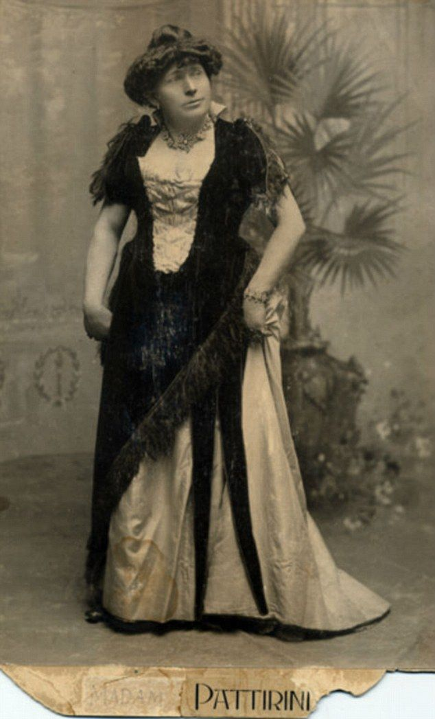 The original drag queens! Portraits of Victorian men in dresses ...