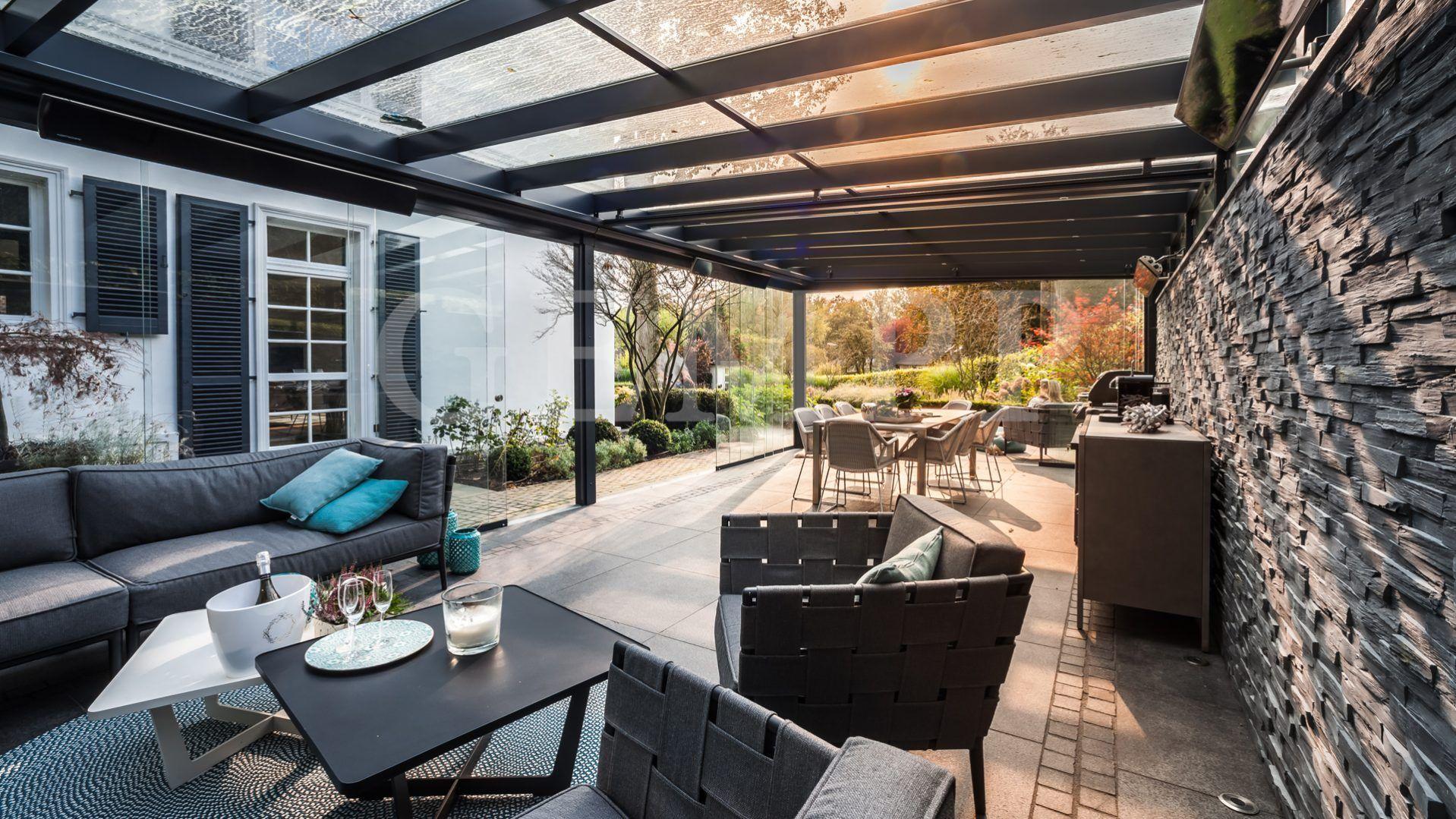 Attirant Moderne Terrassengestaltung Mit Terrassenüberdachung #garten #design  #gartengestaltung #garden #gardening #gardengoals
