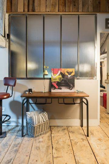 Relooking meuble en bois ancien  un bureau d\u0027écolier en console d