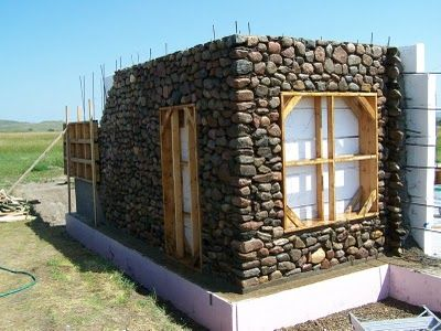 Building A Slipform Stone House From The Ground Up B H