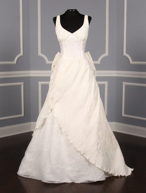 NEW ARRIVALS by ST. PUCCHI | Avant garde, Bridal gowns and Gowns